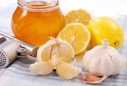 Мед от кашля. Лучшие лечебные рецепты
